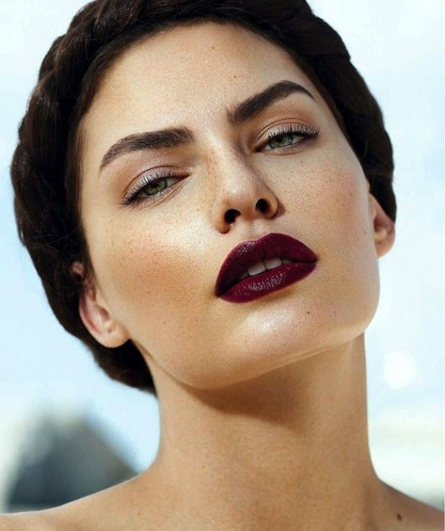 Berry Kisses The Secret To Wearing Super Dark Lipstick