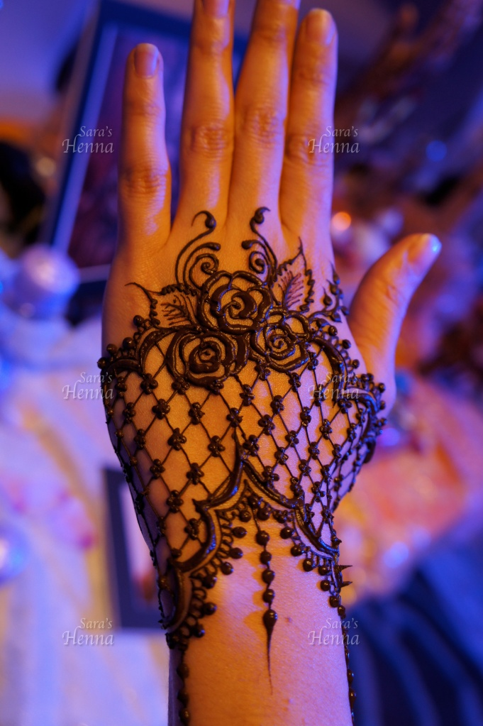 Image result for lace mehendi designs