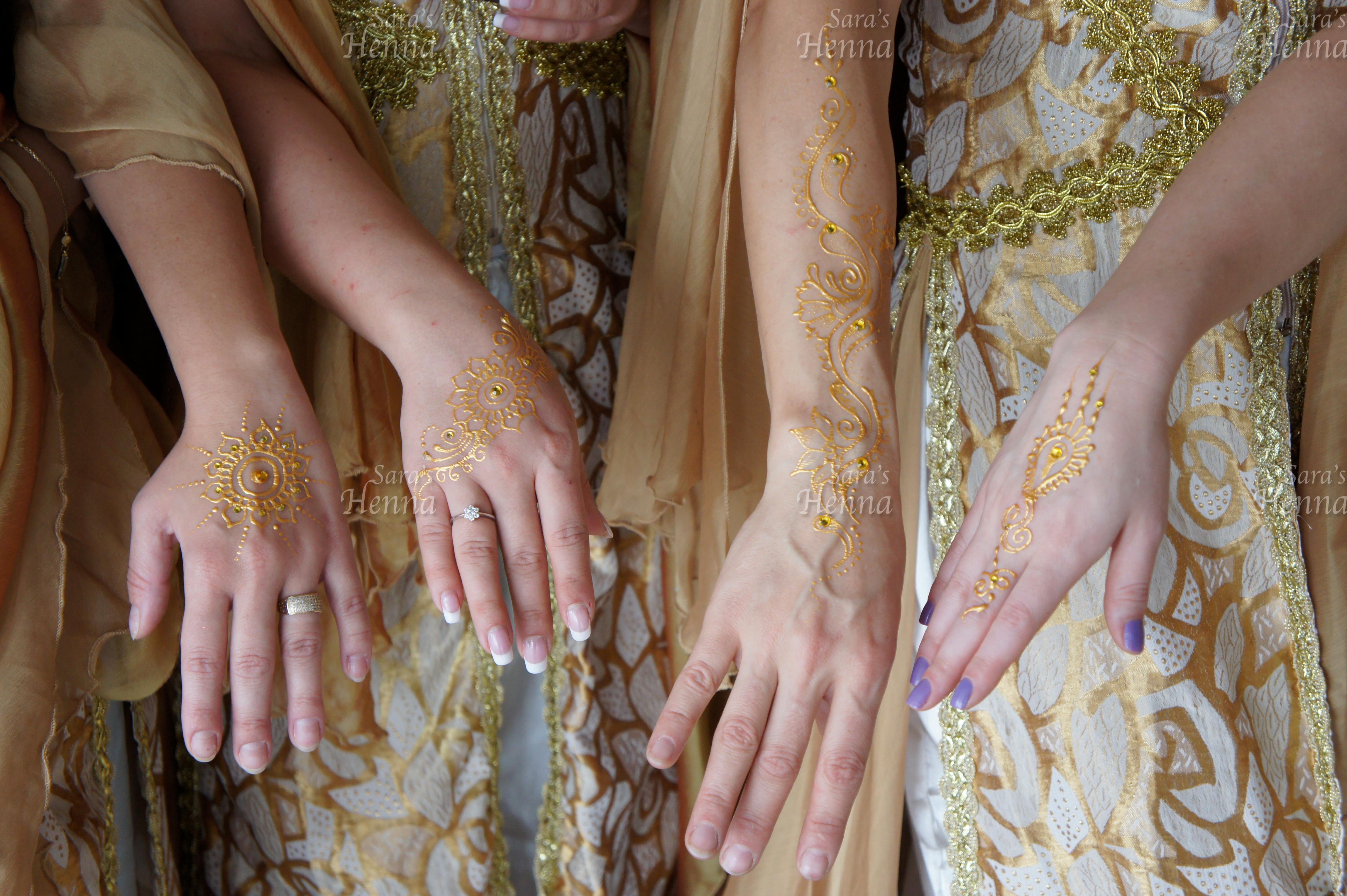 gold Henna design Saras Henna