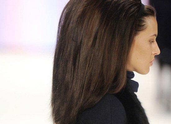 carolina herrera big hair backcombing sprays