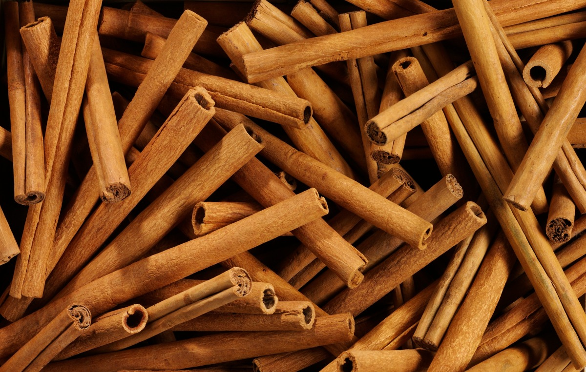 Beautiful Spice: 6 Surprising Beauty Uses for Cinnamon