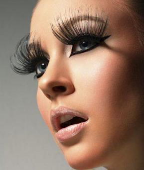 stacked false lashes