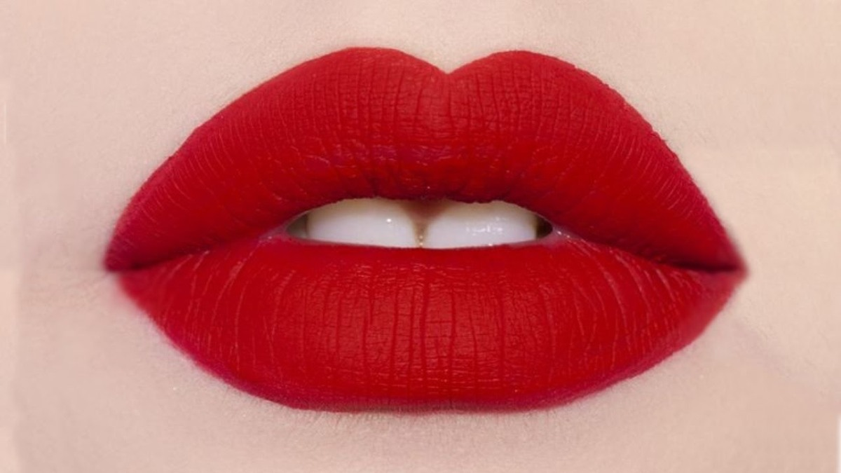 Matnificent: The Secret to Keeping Lips Hydrated Under a Matte Lipstick