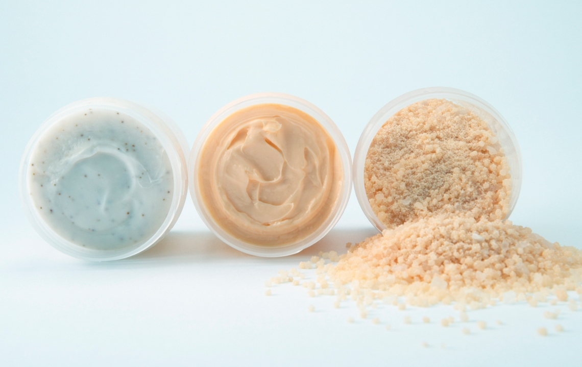 exfoliating-scrubs-and-acids